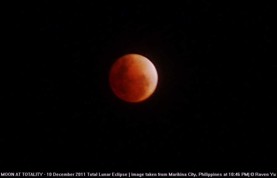 red moon -10 dec 2011 v2
